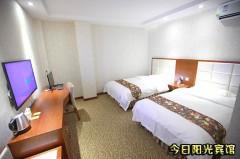 今日阳光宾馆 标准间、大床房 门市价158元 仅128元即可入住!