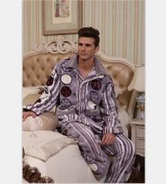 男款法兰绒睡衣FPM1000 定做:起订量800 件