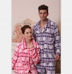 情侣款法兰绒睡衣FPU1000 定做:起订量800件
